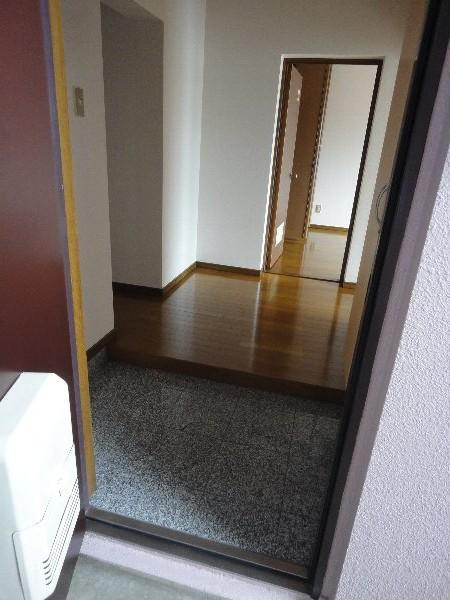 葵ハイツ 102号室の玄関
