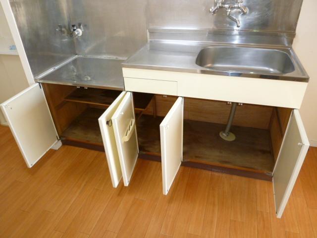 コーポ富士見 311号室の収納