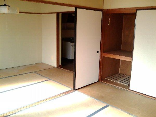 山梨マンション 3-C号室のリビング