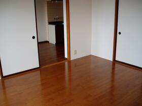 シーフイールド 105号室の居室