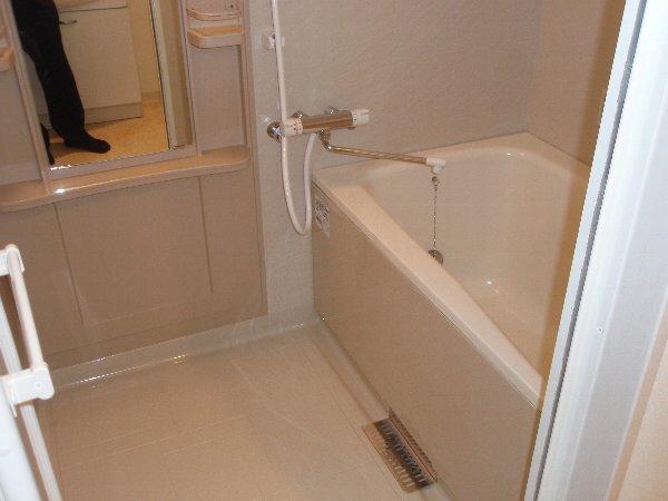 スィーツ・パシフィコ 101号室の風呂
