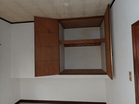 フラット渡辺 105号室の収納