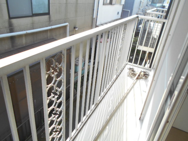 カーサヤマト 202号室のバルコニー
