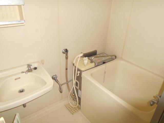 カーサヤマト 202号室の風呂