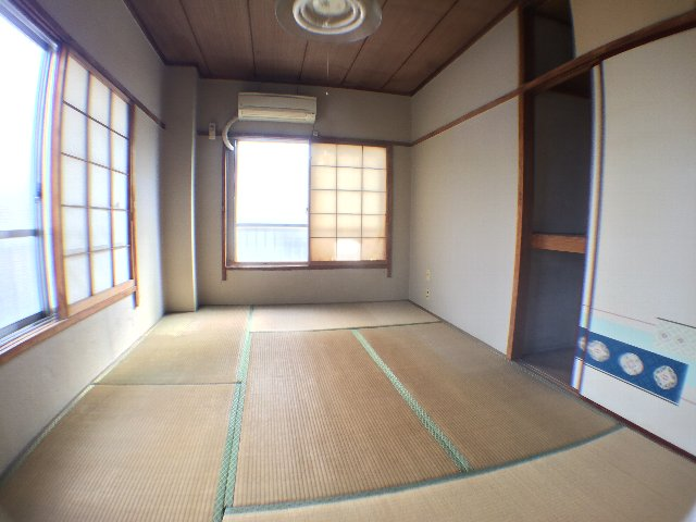 武田マンション 303号室のベッドルーム