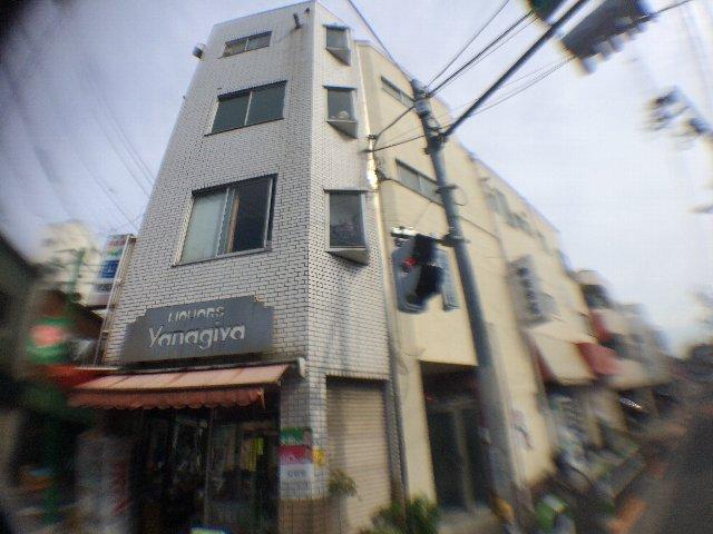 武田マンション 303号室のエントランス