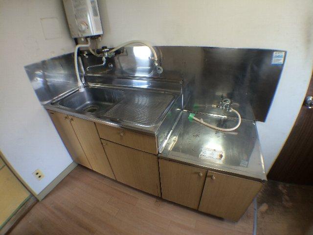 武田マンション 303号室のキッチン