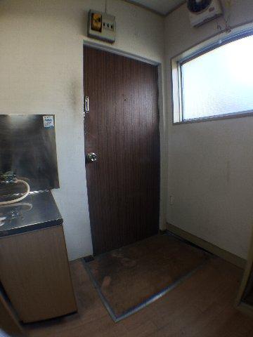 武田マンション 303号室の玄関
