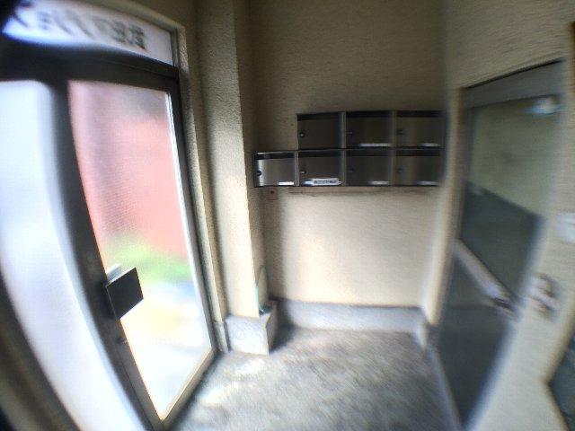 武田マンション 303号室のロビー