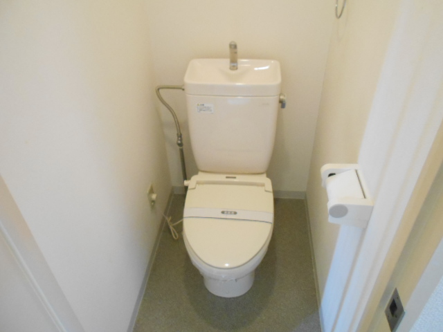 パークサイド見次 305号室のトイレ