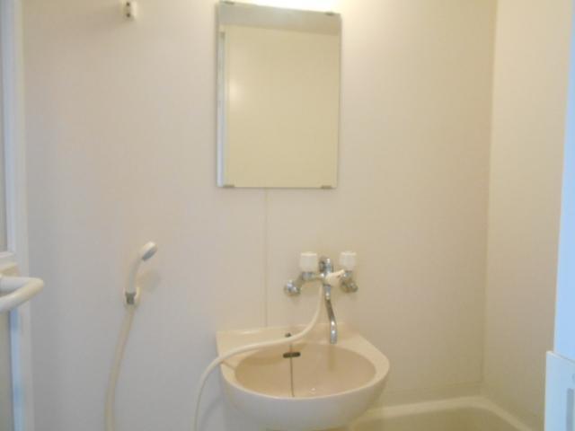 パークサイド見次 305号室の洗面所