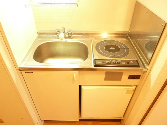カーサアルティスタ 305号室のキッチン