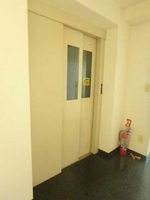 ドゥエルカネヒラ 405号室のその他