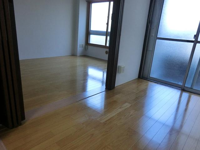 セントラルビル 405号室のリビング