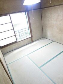 桐花ハイム 102号室のベッドルーム