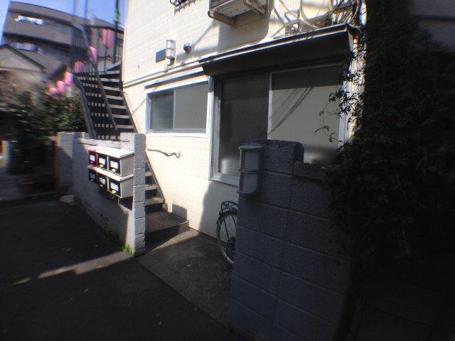 フランボワーズ駒込 203号室の収納