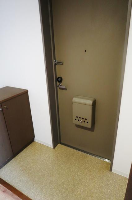 リベルジェ尾久駅前 702号室の玄関