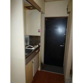 カスティル三園 303号室のキッチン