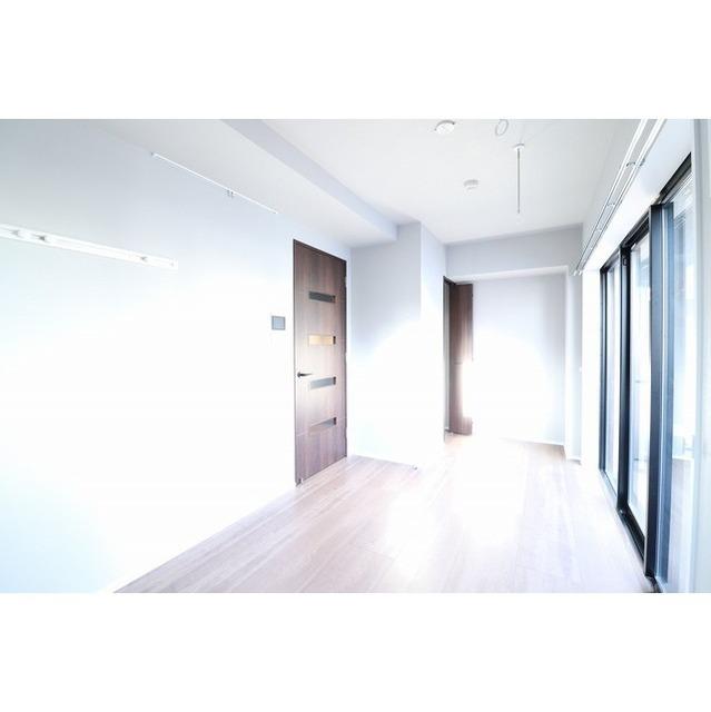 ROYGENT SUGAMO EAST 104号室の居室