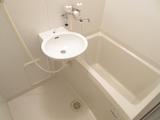 レオパレスウィズユー 104号室の風呂