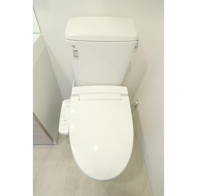 ジオエント巣鴨 0404号室のトイレ