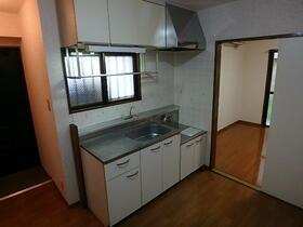 サンハイム 101号室のキッチン