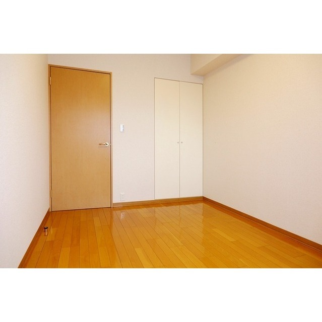 K's新中野 0301号室のトイレ