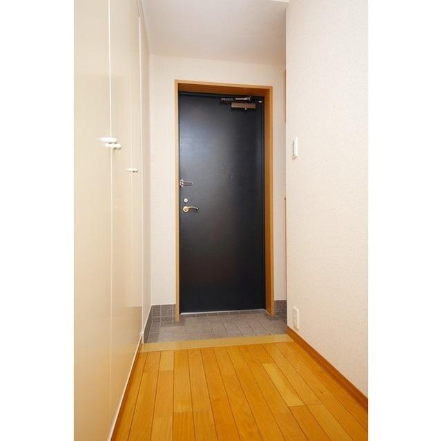 K's新中野 0301号室の玄関