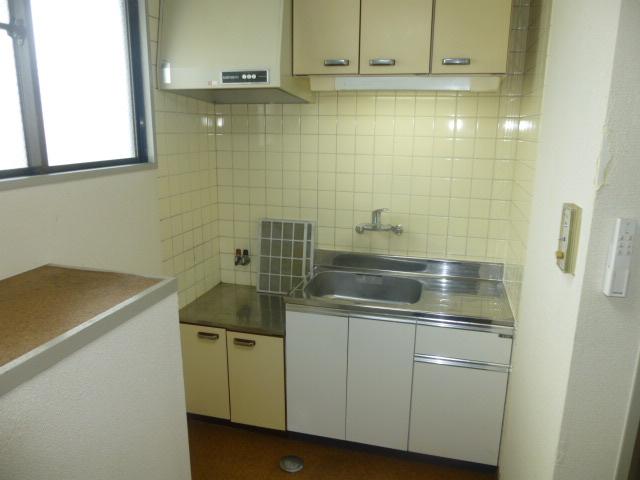 篠原第2ビル 303号室のキッチン