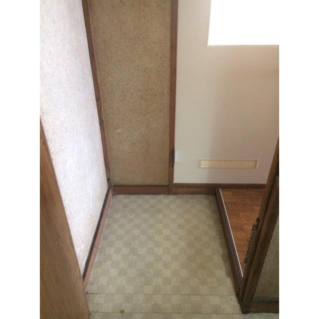 わかば荘 2号室の玄関