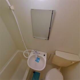 コーポ富士 107号室の洗面所