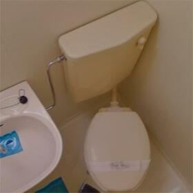 コーポ富士 107号室のトイレ
