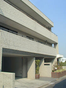 ケーユーハイツ井草 302号室の外観