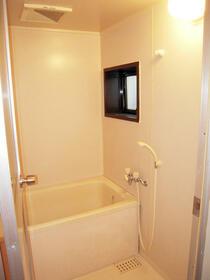 ケーユーハイツ井草 302号室の洗面所