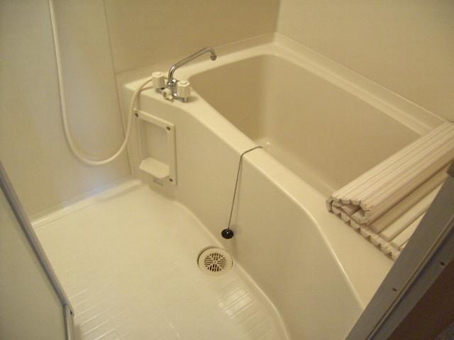 第一飛翔ビル 7001号室の風呂