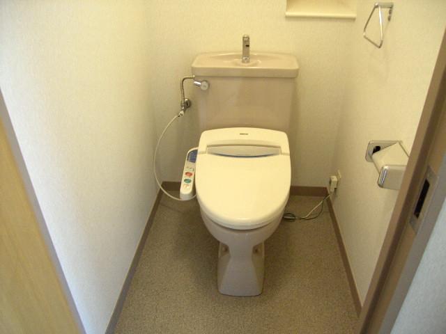 第一飛翔ビル 7001号室のトイレ
