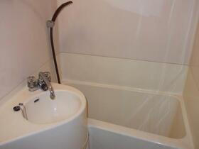 プラザボヌール 101号室の風呂