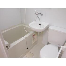 ビーハイブ 101号室の風呂