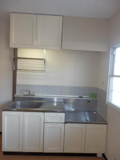 サンシティマガミ 102号室のキッチン