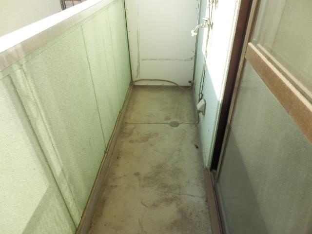 メゾンドココ 207号室のバルコニー