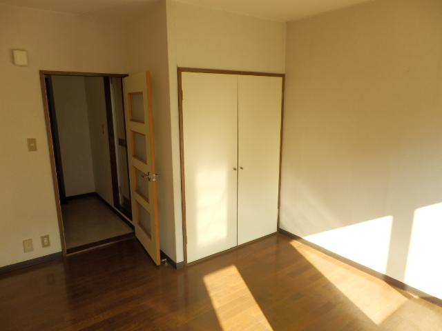 メゾンドココ 210号室のリビング