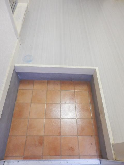 シャトーエトワールⅡ 101号室の玄関