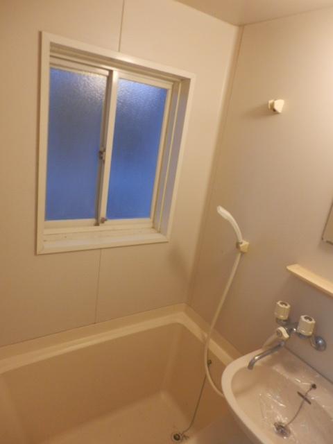 シャトーエトワールⅡ 103号室の風呂