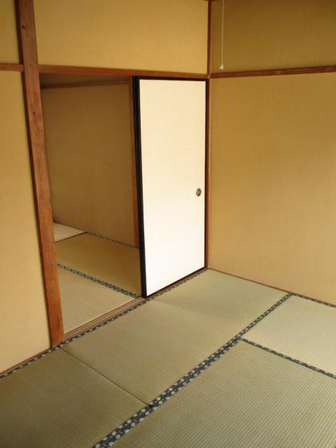 陽東ハイツ 203号室の居室