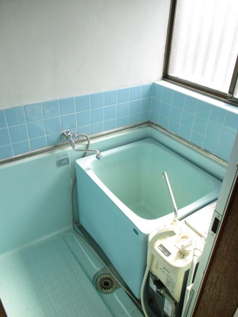 陽東ハイツ 203号室の風呂