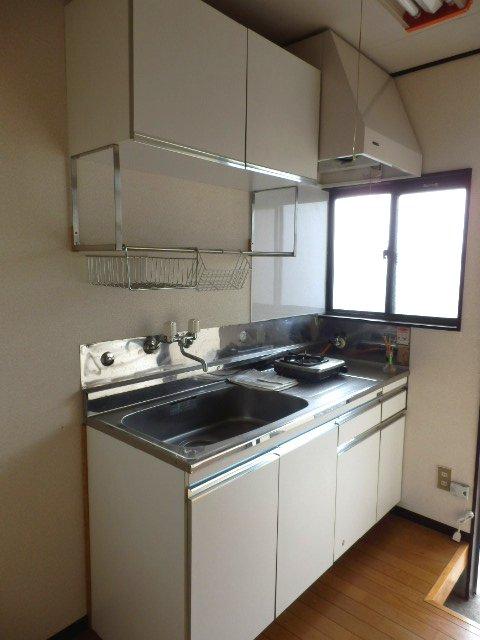 吉沢ハイツA棟 105号室のキッチン