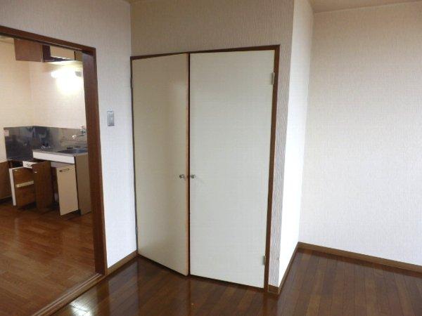グランドォール宇都宮 307号室の収納