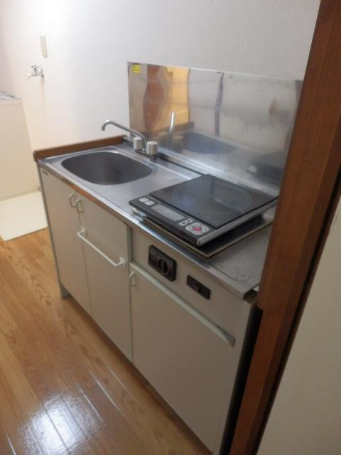 ストーンフィールド 101号室のキッチン