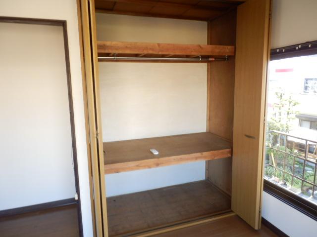 小滝アパート 3号室の収納