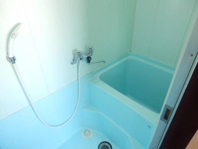 小滝アパート 3号室の風呂